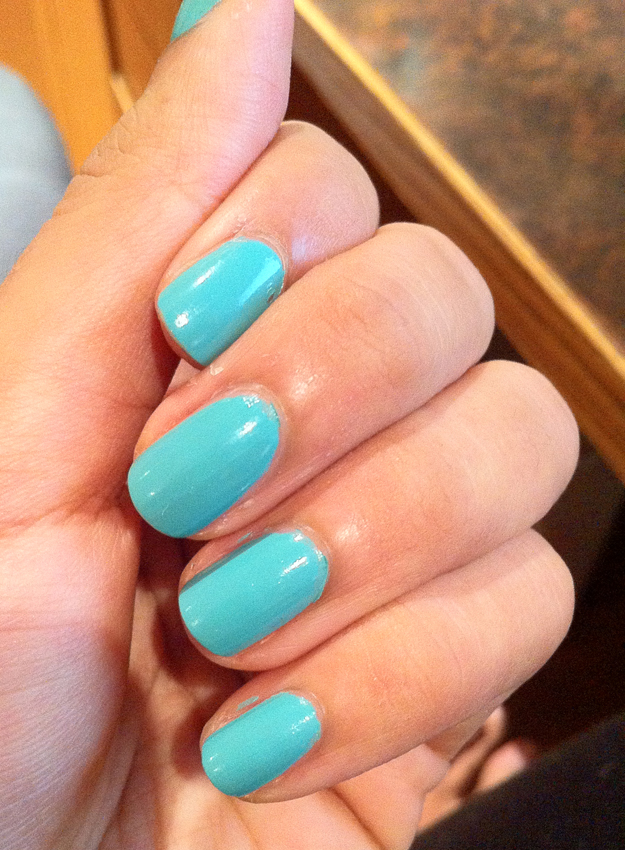 CoverGirl nail gloss in mint mojito