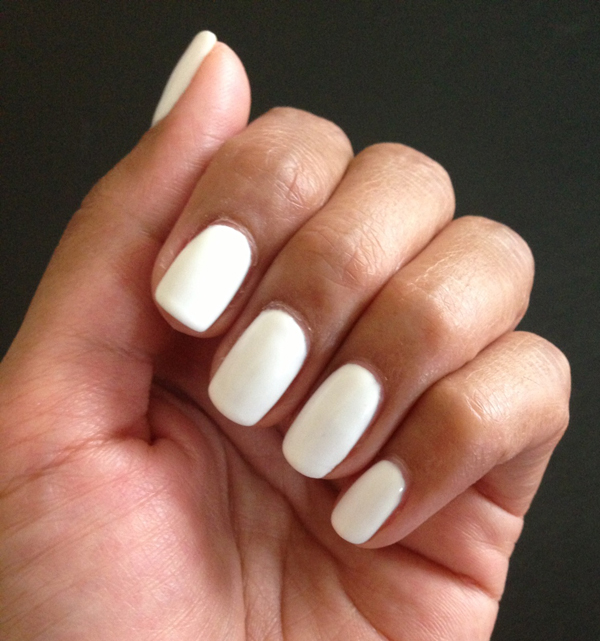 kiss gel mani in white